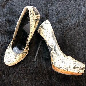 BKE snakeskin platform heels with studs. Sz 7